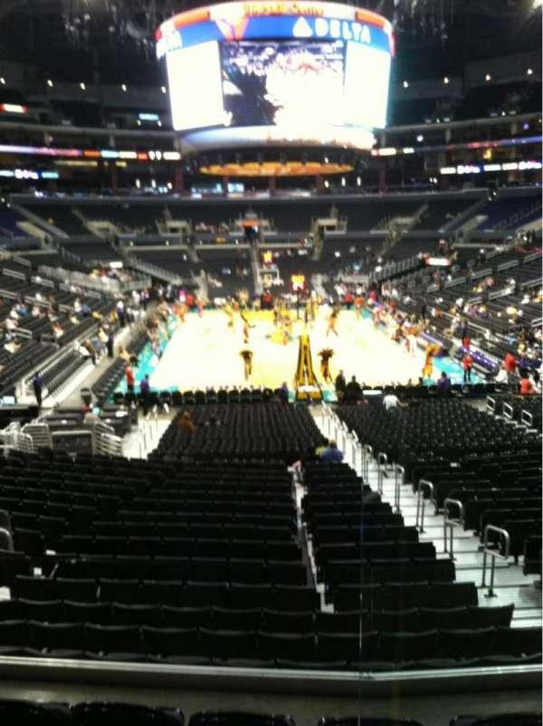 Staples Center, secção: 208, fila: 2