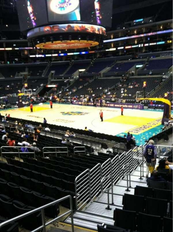 Staples Center, secção: 108, fila: 18w, lugar: 27