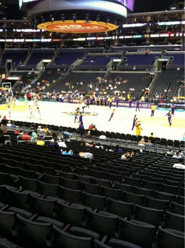 Staples Center, secção: 110, fila: 20, lugar: 3