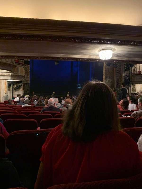 Cort Theatre, secção: Orchestra L, fila: P, lugar: 19