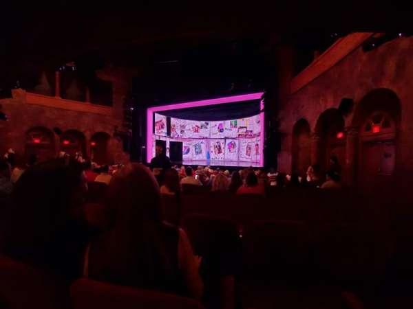 August Wilson Theatre, secção: Orchestra R, fila: P, lugar: 10