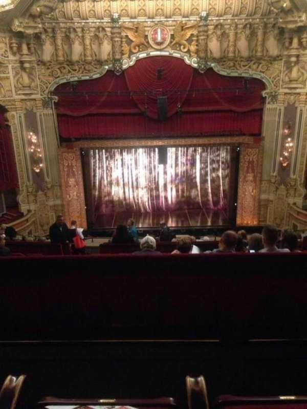 Nederlander Theatre (Chicago), secção: Balcony C, fila: N, lugar: 303
