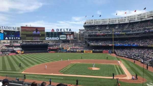 Yankee Stadium, secção: 223, fila: 7, lugar: 7