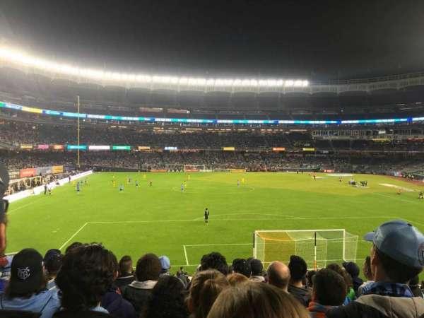 Yankee Stadium, secção: 114B, fila: 11, lugar: 8