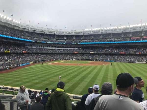 Yankee Stadium, secção: 203, fila: 8, lugar: 16