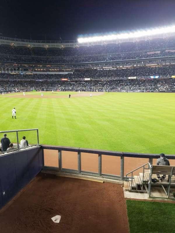 Yankee Stadium, secção: 202, fila: 1, lugar: 14