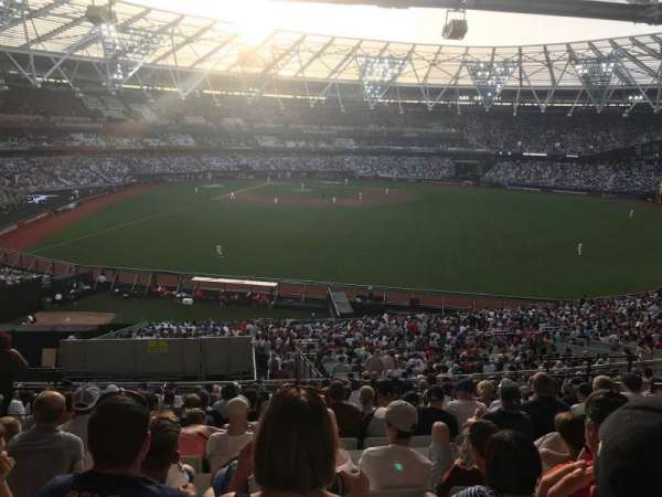 London Stadium, secção: 230, fila: 47, lugar: 602