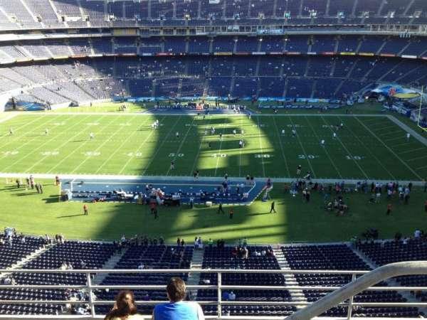 San Diego Stadium, secção: V7, fila: 5, lugar: 20