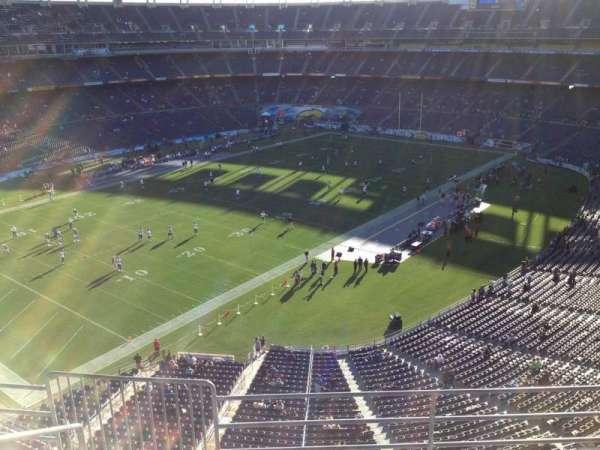 San Diego Stadium, secção: V59, fila: 5, lugar: 6