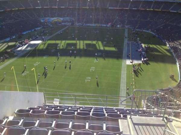 San Diego Stadium, secção: V54, fila: 10, lugar: 8