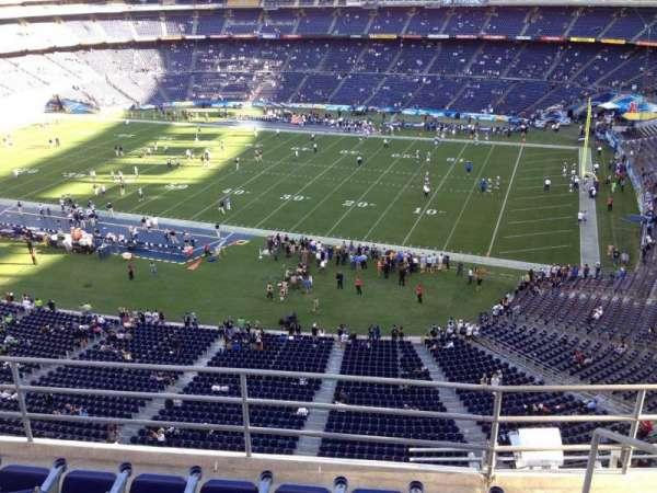 San Diego Stadium, secção: V10, fila: 5a, lugar: 7