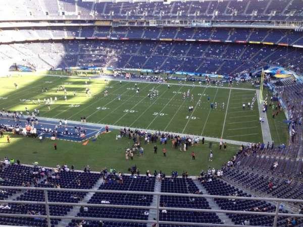 San Diego Stadium, secção: V10, fila: 5a, lugar: 1