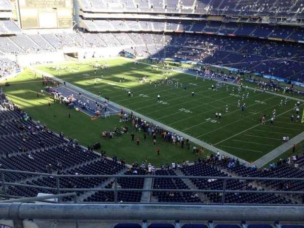 San Diego Stadium, secção: V14, fila: 6, lugar: 17