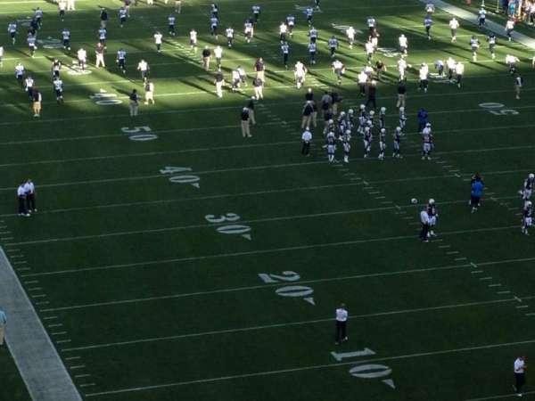 San Diego Stadium, secção: V18, fila: 3, lugar: 1
