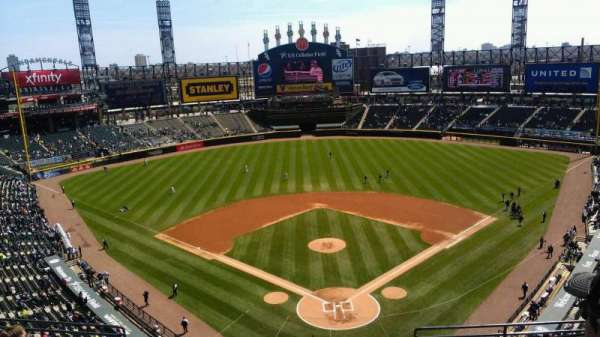 Guaranteed Rate Field, secção: 533, fila: 8, lugar: 5