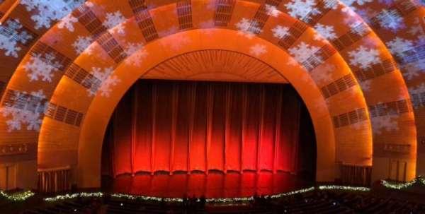 Radio City Music Hall, secção: 2nd Mezzanine 5, fila: B, lugar: 509