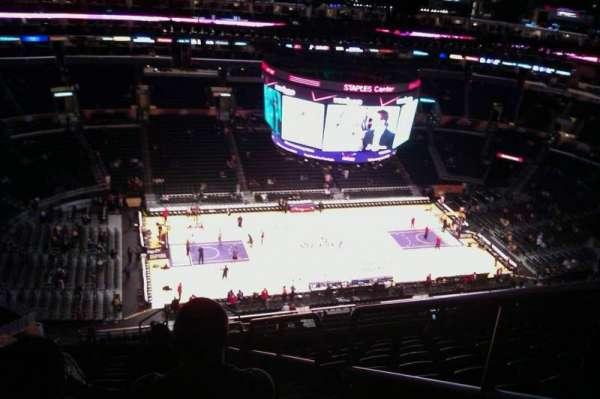 Staples Center, secção: 303, fila: 15, lugar: 3