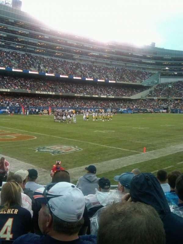 Soldier Field, secção: 144, fila: 7