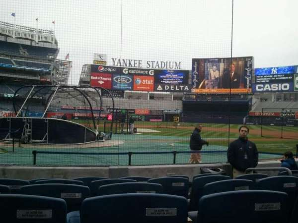 Yankee Stadium, secção: 018, fila: 5, lugar: 6