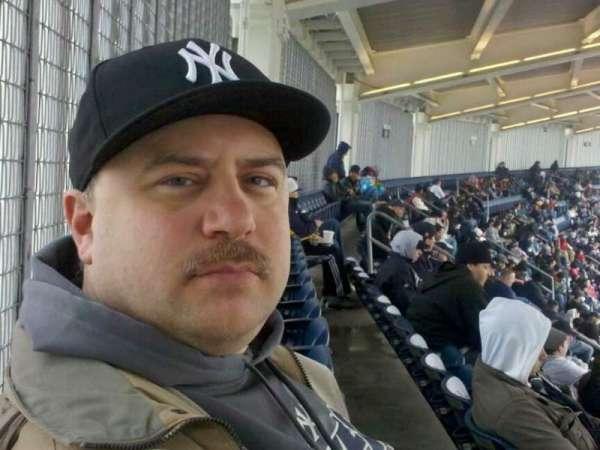 Yankee Stadium, secção: 432a, fila: 14, lugar: 8