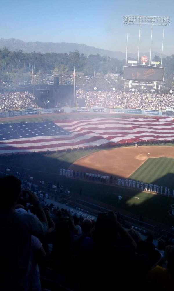 Dodger Stadium, secção: 13RS, fila: l, lugar: 1