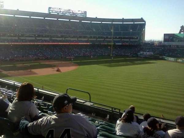 Angel Stadium, secção: C346, fila: f, lugar: 11
