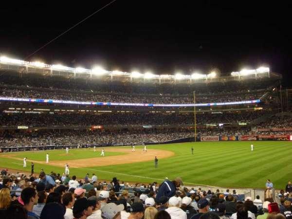 Yankee Stadium, secção: 111, fila: 24, lugar: 5