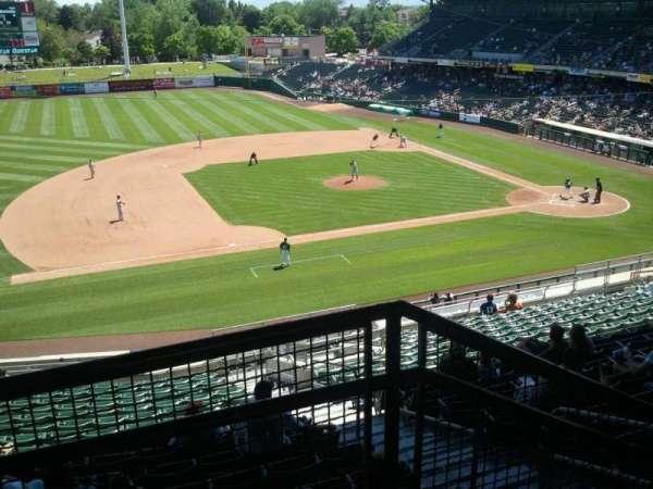 Smith's Ballpark, secção: r, fila: 6, lugar: 47