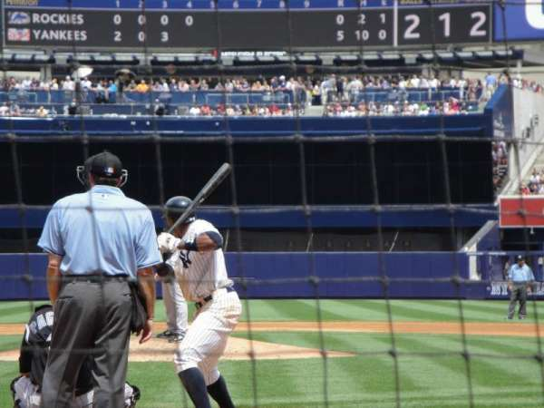 Yankee Stadium, secção: 020, fila: 2, lugar: 4