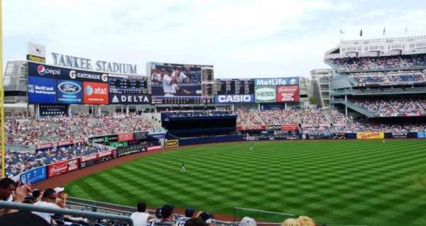 Yankee Stadium, secção: 235, fila: 12