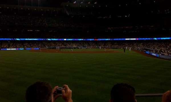 Dodger Stadium, secção: 303PL, fila: C, lugar: 2