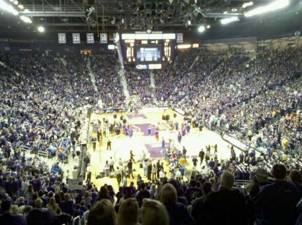 Bramlage Coliseum, secção: 26, fila: 28, lugar: 14