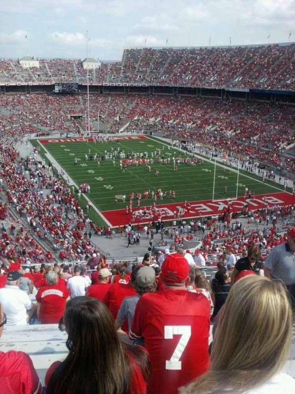 Ohio Stadium, secção: 33B, fila: 32, lugar: 5