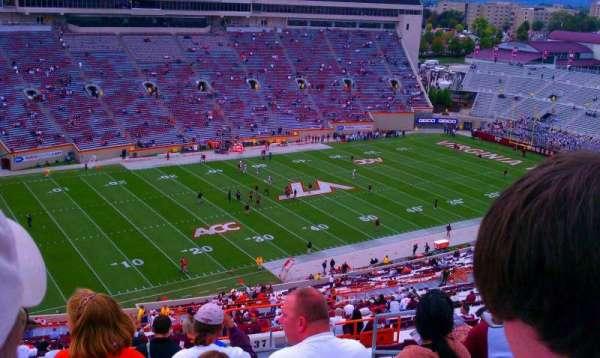 Lane Stadium, secção: 37, fila: 4z, lugar: 11