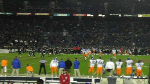 San Diego Stadium, secção: F5, fila: 11, lugar: 17