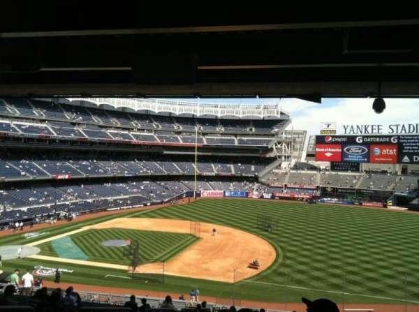Yankee Stadium, secção: 214a, fila: 23, lugar: 15