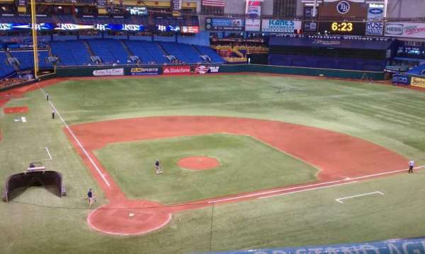 Tropicana Field, secção: 306, fila: A, lugar: 2