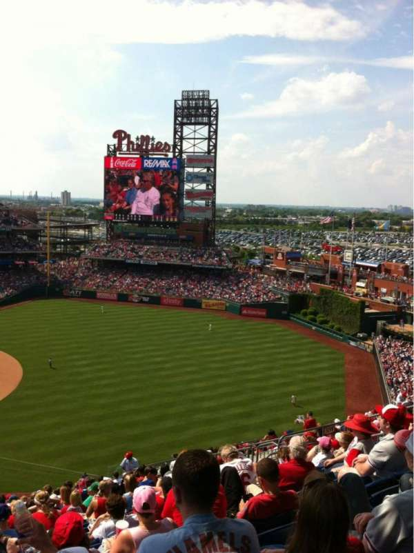 Citizens Bank Park, secção: 310, fila: 20, lugar: 15