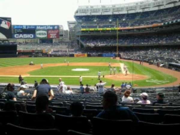 Yankee Stadium, secção: 122, fila: 29, lugar: 11
