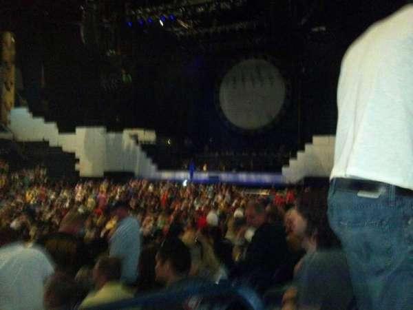 Bridgestone Arena, secção: 104, fila: Kk, lugar: 1