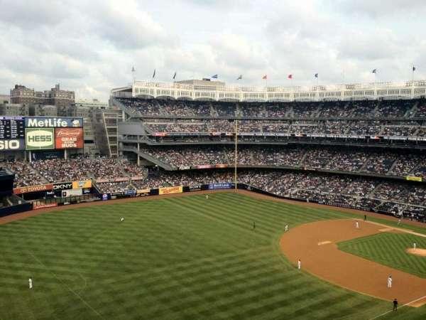 Yankee Stadium, secção: 330, fila: 8WC, lugar: 13