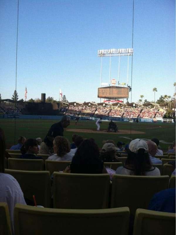 Dodger Stadium, secção: 3DG, fila: DD, lugar: 5