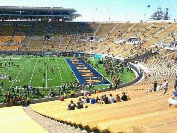 California Memorial Stadium, secção: TT, fila: 51, lugar: 3