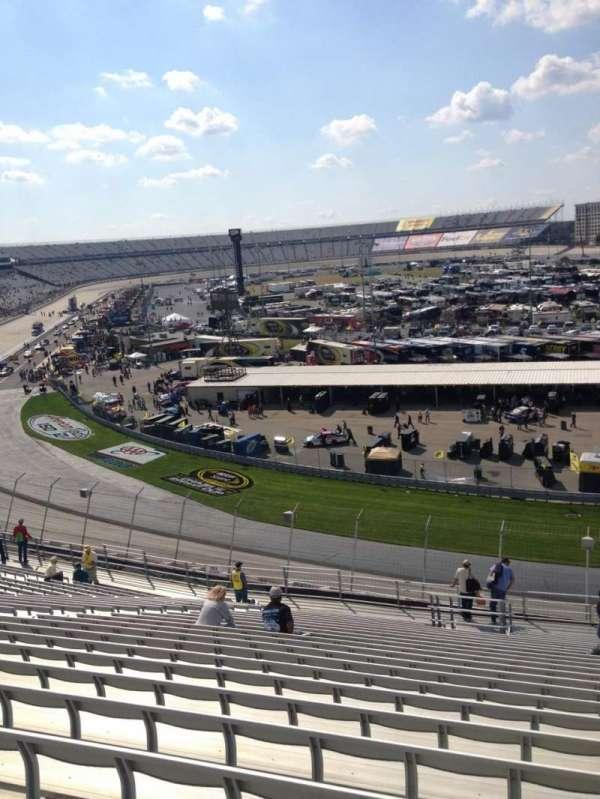 Dover International Speedway, secção: 222, fila: 24, lugar: 6