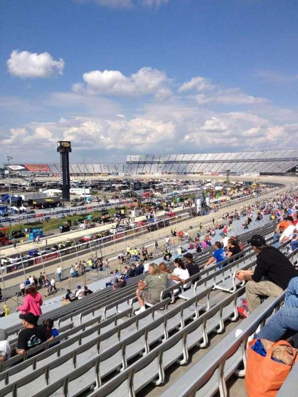 Dover International Speedway, secção: 110, fila: 42, lugar: 13