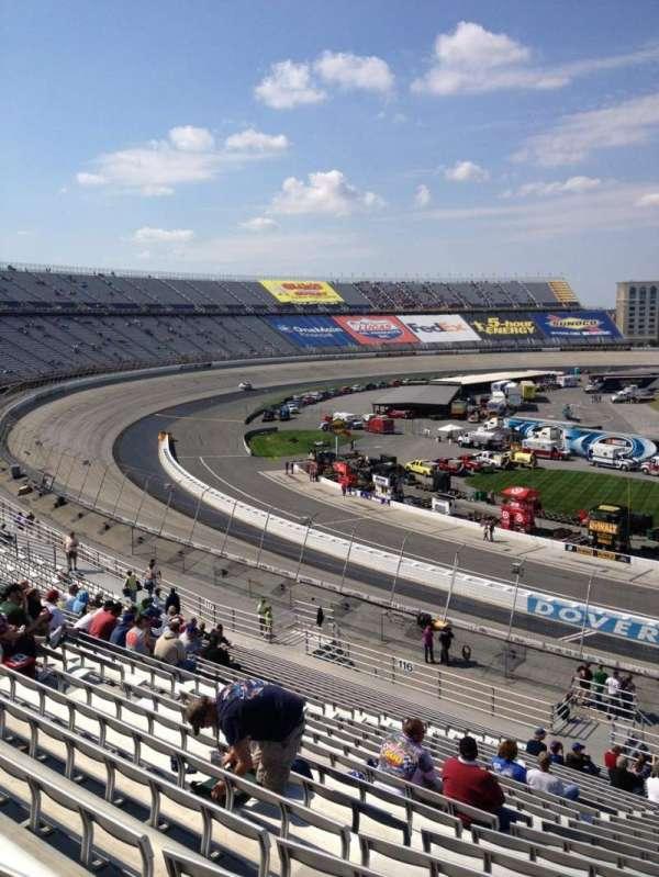 Dover International Speedway, secção: 115, fila: 25, lugar: 5