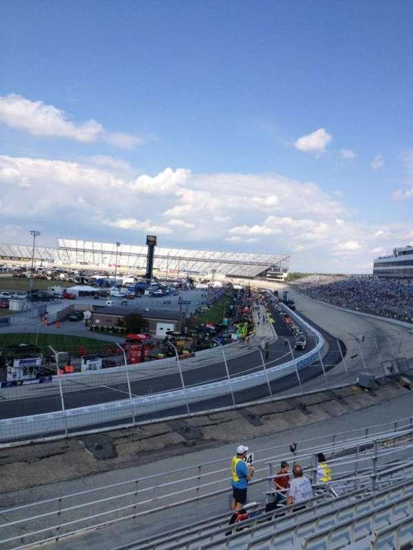 Dover International Speedway, secção: 125, fila: 11, lugar: 8