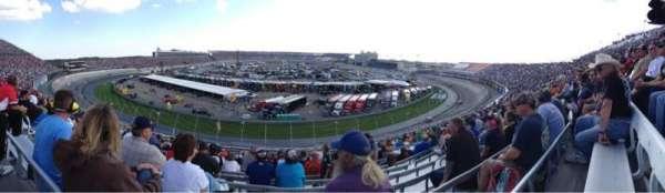 Dover International Speedway, secção: 210, fila: 19, lugar: 14