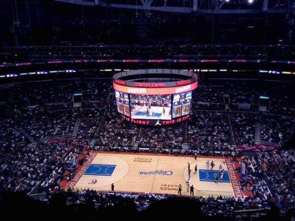 Staples Center, secção: 301, fila: 12, lugar: 4