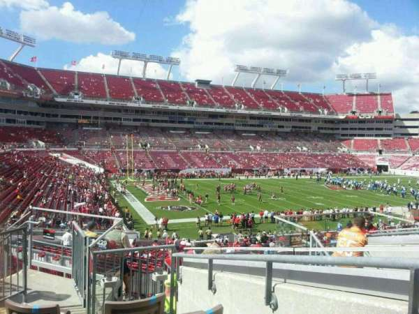 Raymond James Stadium, secção: 230, fila: H, lugar: 19